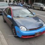 Rencontre inattendue à Montréal d'une Chrysler Neon colorée