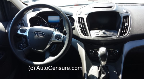 ford-escape-se-2014-008