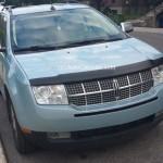 Rencontres inattendues: un beau suv Lincoln MKX bleu