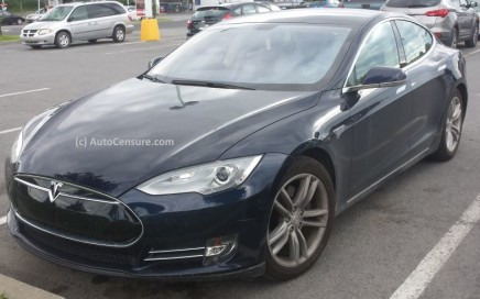 Quelques rencontres dont celle d'une Tesla Model S