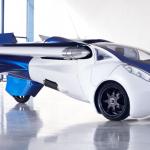 L'auto volante en vente dès 2017?