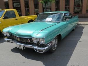 1961-cadillac-deville-1