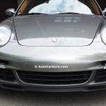 Rencontre inattendue d'une Porsche au repos