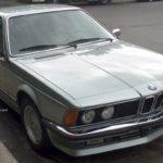 Rencontre inattendue d'une belle BMW des années 80
