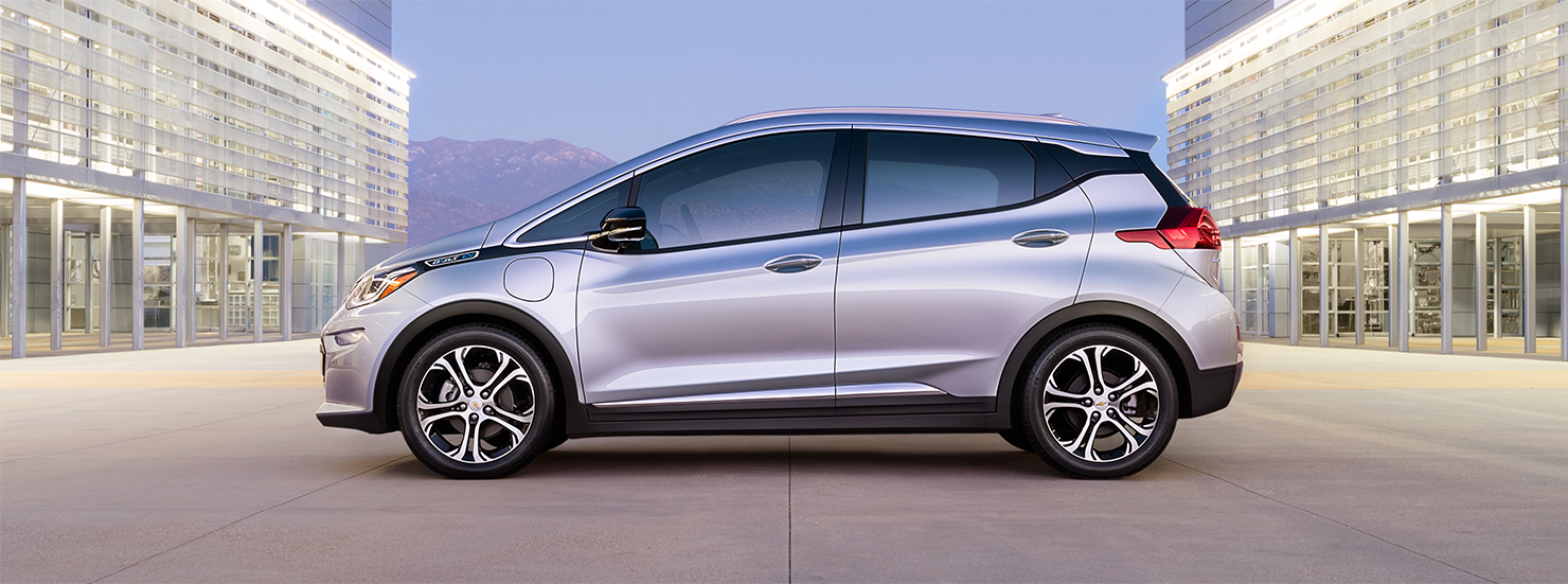 la chevrolet bolt aura une meilleure autonomie que la tesla model 3. Black Bedroom Furniture Sets. Home Design Ideas