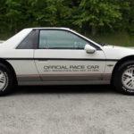 1984 Pontiac Fiero comme voiture de tête au Indianapolis 500