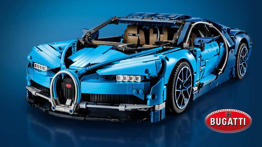 une Bugatti Chiron LEGO Techic échelle 1:8