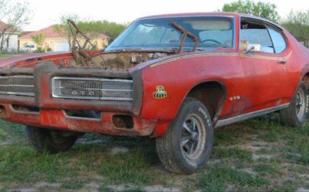 1969 Pontiac GTO en pièces détachées